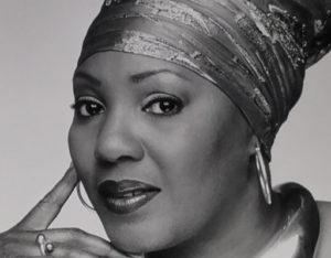 Singer Libra Sene